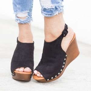 AMELIA Peep Toe Booties